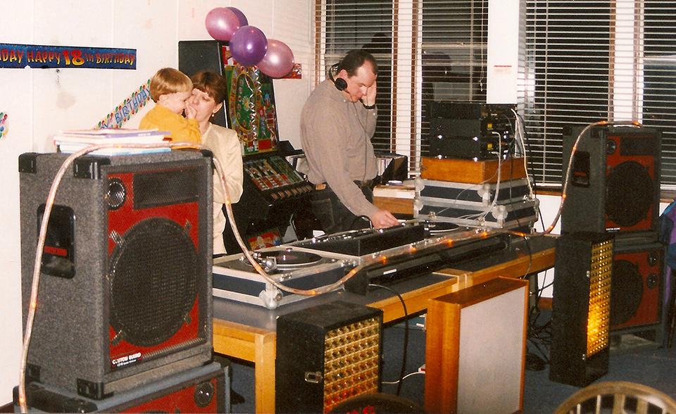 Satisfaction Disco 1998 Crop